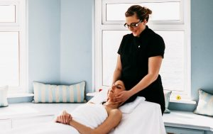 qwellness, beauty, salon, holistic, therapy, therapies, massage, portsmouth, hampshire